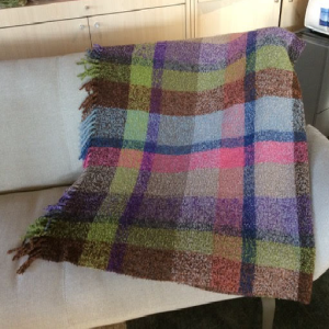PLAID-MISSONI-HOME-modèle-VICENTE
